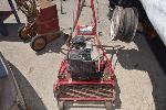 Lot: 48 - Mclane Lawnmower