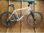 Lot: 34.WS - Smith and Wesson Bicycle