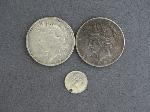 Lot: 3356 - (2) PEACE DOLLARS 1922 & 1924