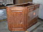 Lot: 71 - Kitchen Cabinet