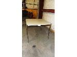 Lot: 02-19158 - Square Table