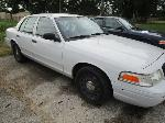 Lot: 2 - 2003 FORD CROWN VICTORIA
