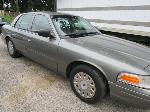 Lot: 7 - 2003 FORD CROWN VICTORIA