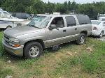 Lot: 702 - 2000 CHEVY SUBURBAN SUV