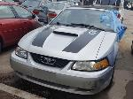 Lot: 06 - 2000 Ford Mustang