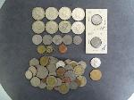 Lot: 3417 - (8) KENNEDY HALVES & FOREIGN COINS
