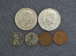 Lot: 3425 - 1964 & 1968 KENNEDY HALF DOLLARS & FOREIGN COINS