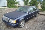 Lot: 49 - 1995 Mercedes E320