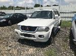 Lot: 225 - 2001 Mitsubishi Montero SUV