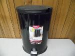 Lot: A6075 - Better Homes and Gardens Trash Can