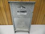 Lot: A6076 - Little Giant Pet Products Poultry Feeder
