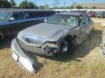 Lot: 0904-15 - 2004 LINCOLN TOWN CAR