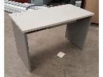 Lot: 1951 - Formica / Metal Desk