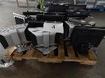 Lot: 4 - (Approx 19) Monitors