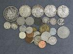 Lot: 3600 - MORGAN DOLLAR, LIBERTY HALVES & 1913 BARBER DIME