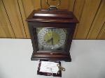Lot: A6128 - Working Howard Miller Mantel Clock