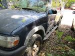 Lot: 10.FW - 2000 FORD EXPLORER SUV