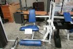 Lot: 32 - LEG EXTENSION EXERCISE MACHINE, NEEDS CABLE