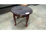 Lot: 02-19384 - Table