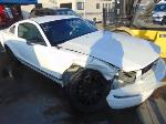 Lot: B708159 - 2005 FORD MUSTANG