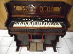 Lot: A6161 - Early 1900s Vintage Pump Organ