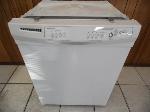 Lot: A6200 - Working Whirlpool Dishwasher
