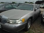 Lot: 22-905799 - 2000 LINCOLN TOWN CAR
