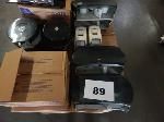 Lot: 89 - Toilet paper & soap dispensers