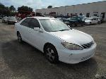 Lot: B-28 - 2005 TOYOTA CAMRY LE