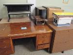 Lot: 49.PAS - (2) desks and miscellaneous supplies
