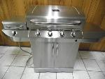 Lot: A6225 - Char-Broil Liquid Propane & Natural Gas Grill