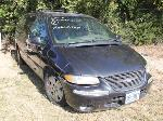 Lot: 010 - 1999 CHRYSLER TOWN & COUNTRY VAN