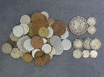 Lot: 3832 - 1901-O MORGAN DOLLAR & (72) FOREIGN COINS