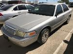 Lot: 16 - 2004 Ford Crown Victoria