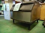 Lot: 64.UV - MANITOWOC S170 ICE MAKER