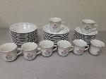 Lot: E552 - PLATES, BOWLS AND CUPS