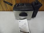 Lot: A6356 - Working GE Stainless Steel Deep Fryer