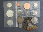 Lot: 4034 - (3) 1922-1926 PEACE DOLLARS & FOREIGN COINS