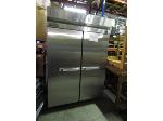 Lot: 50-041 - Hobart Double Door Freezer