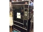 Lot: 5476 - Vending Machine