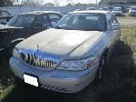 Lot: 1225 - 16 - 2003 LINCOLN TOWN CAR
