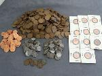 Lot: 4342 - APPROX. (602) PENNIES & (7) INDIAN HEAD PENNIES
