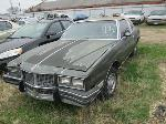 Lot: 0108-18 - 1985 PONTIAC GRAND PRIX