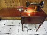 Lot: A6611 - Working Vintage New Home Sewing Machine