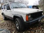 Lot: 28.FW - 1996 JEEP CHEROKEE SUV