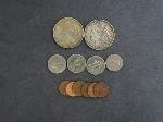 Lot: 4468 - MORGAN & PEACE DOLLARS & FOREIGN COINS