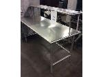 Lot: 5542 - Stainless Steel Table