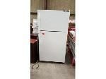 Lot: 2532 - Revco Refrigerator