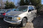 Lot: 004 - 2001 FORD EXPEDITION SUV
