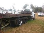 Lot: 016 - 1989 INTERNATIONAL S1900 TRANSPORT TRUCK